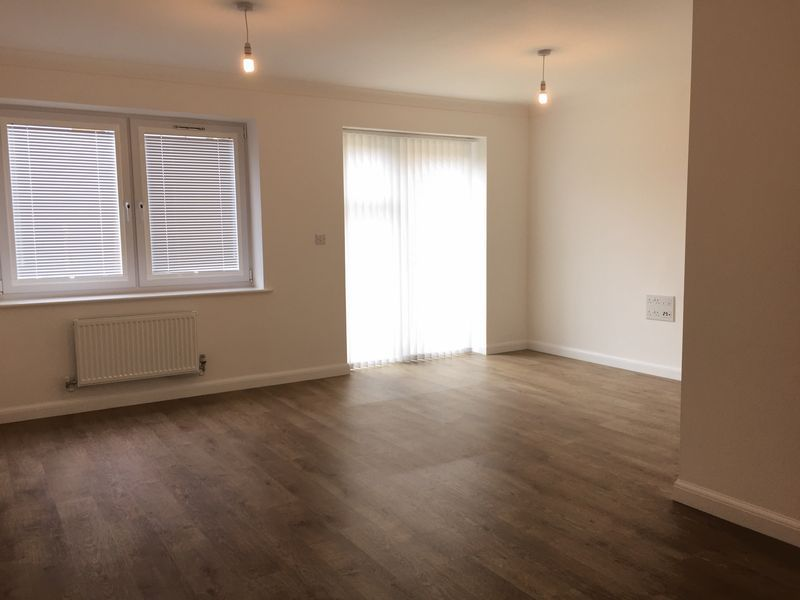 3 bed  to rent on Castleridge Drive  - Property Image 10