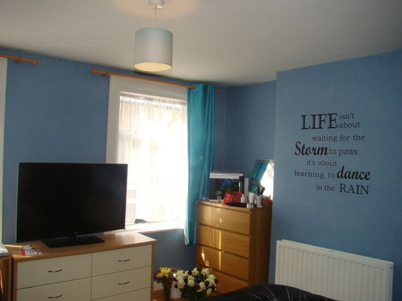 3 bed house to rent in Gordon Road  - Property Image 4