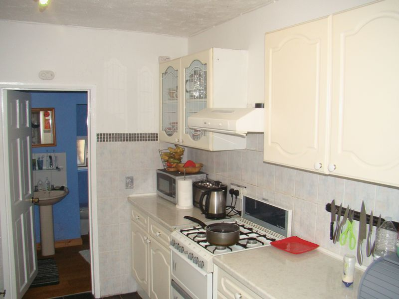 3 bed house to rent in Gordon Road  - Property Image 8