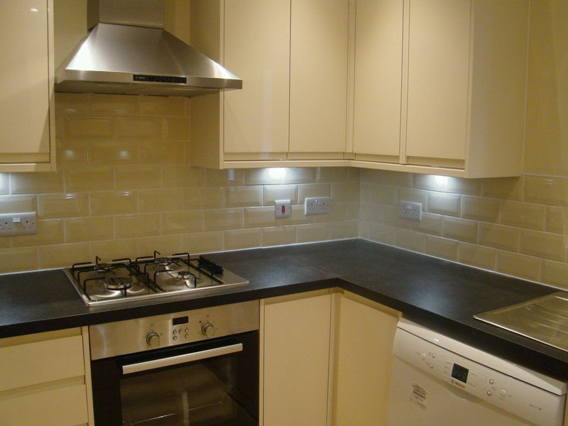 3 bed house to rent in Granary Close  - Property Image 2