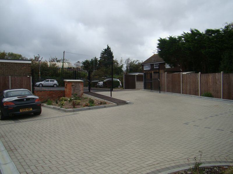 3 bed house to rent in Granary Close  - Property Image 12