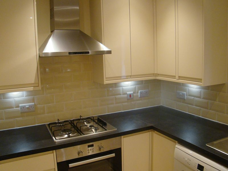 3 bed house to rent in Granary Close  - Property Image 3