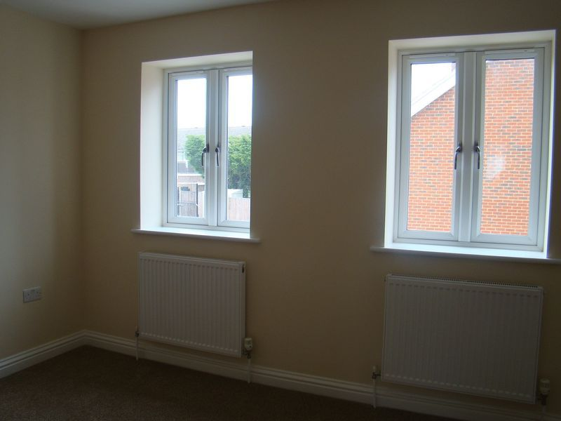 3 bed house to rent in Granary Close  - Property Image 8