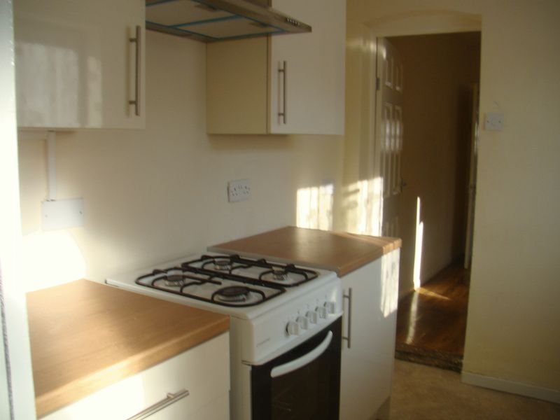 2 bed  to rent on Fox Street - Property Image 1