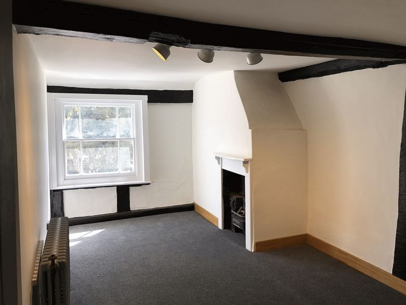 2 bed  to rent on High Street  - Property Image 7