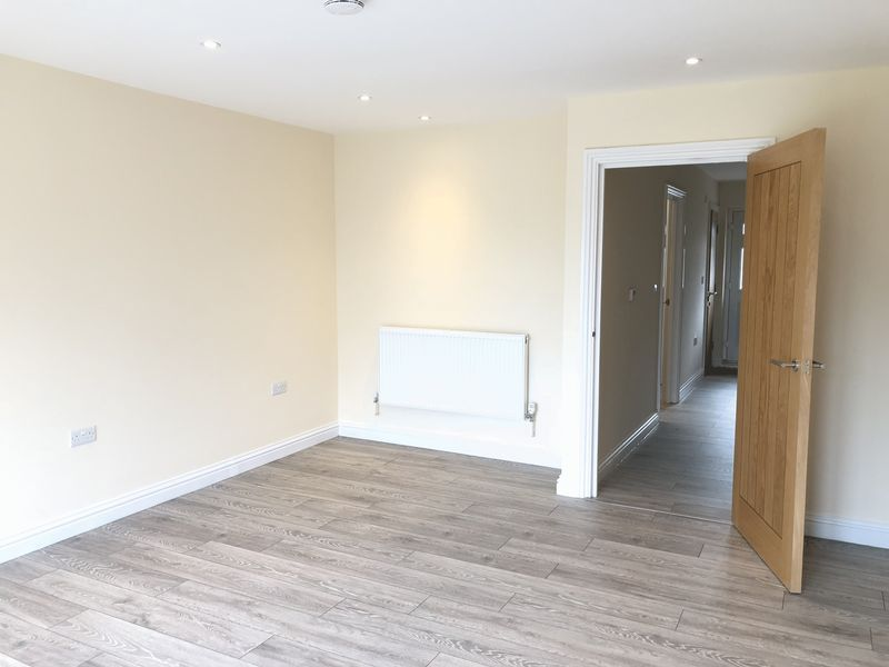4 bed  to rent on Granary Close  - Property Image 11
