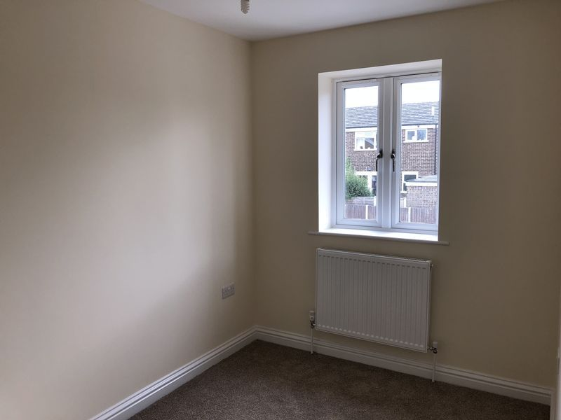 4 bed house to rent in Granary Close  - Property Image 6