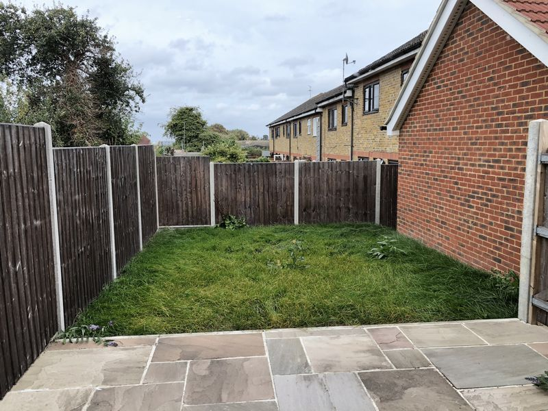 4 bed  to rent on Granary Close  - Property Image 8