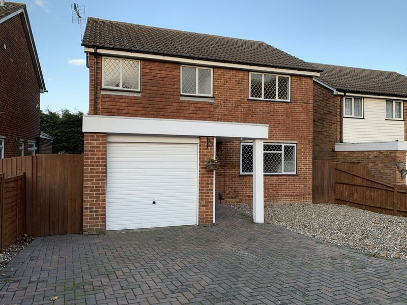 4 bed  to rent on Pear Tree Lane