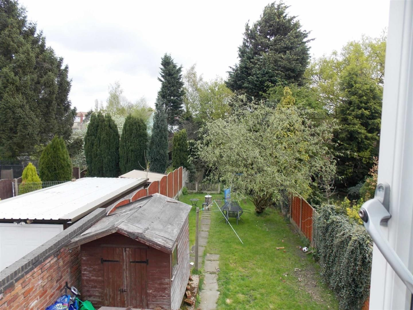 4 bed  for sale  - Property Image 16
