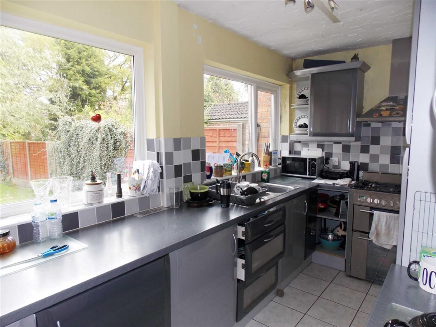 4 bed  for sale  - Property Image 5