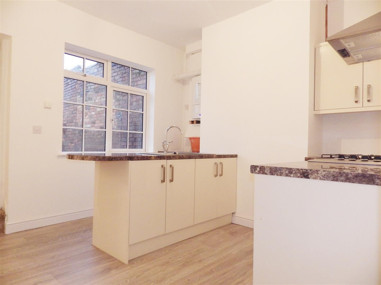 2 bed semi-detached for sale  - Property Image 4