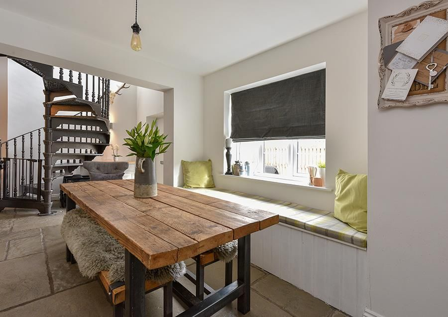 3 bed semi-detached for sale  - Property Image 6