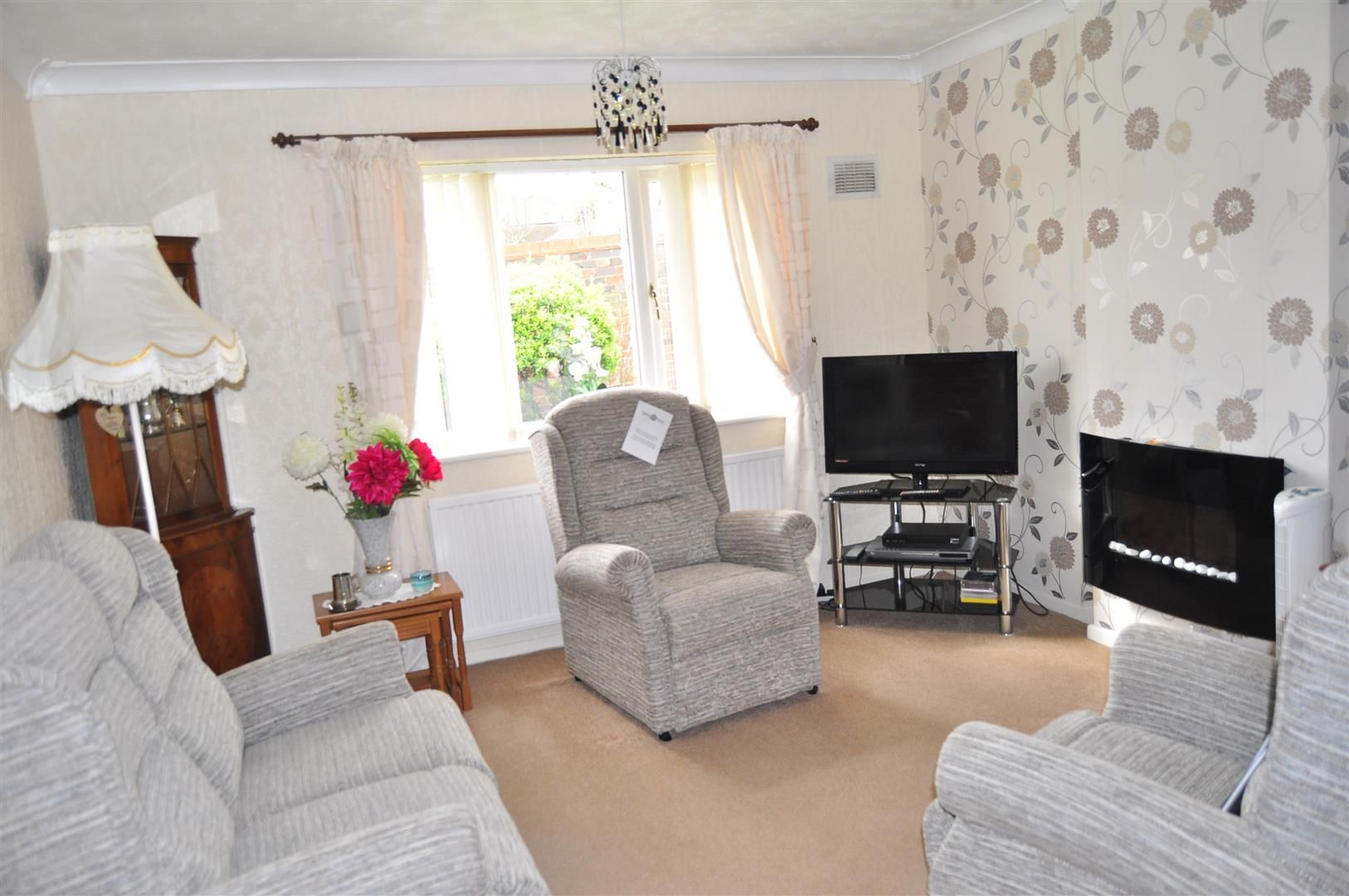 2 bed terraced-bungalow for sale  - Property Image 2