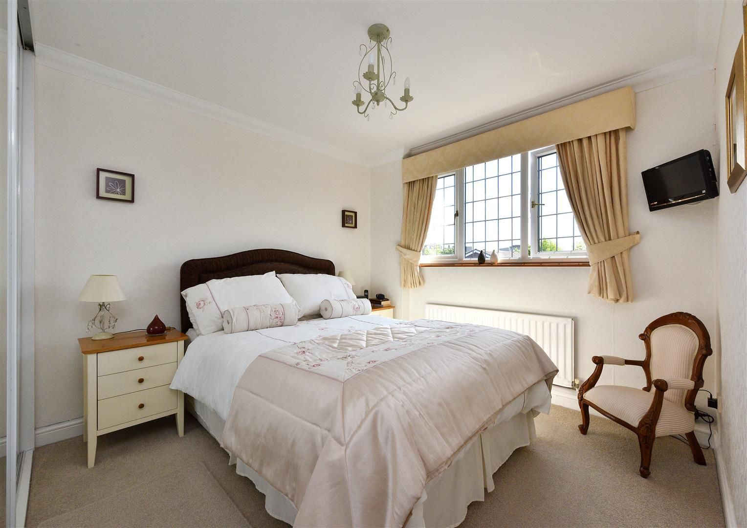 3 bed detached for sale 8