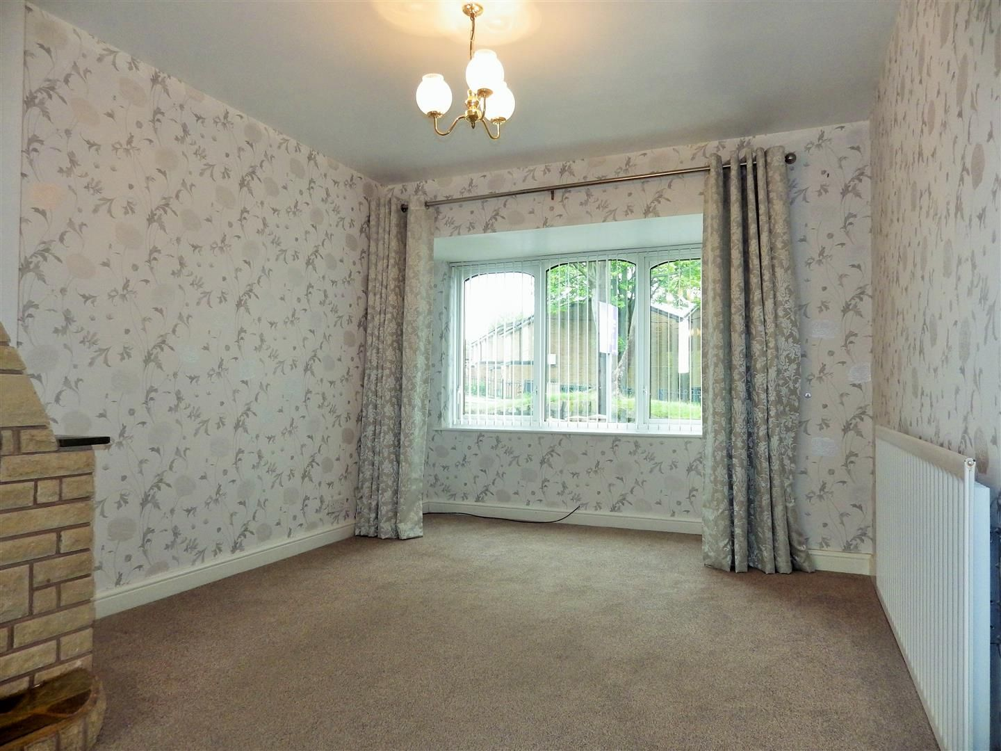 3 bed semi-detached for sale  - Property Image 4