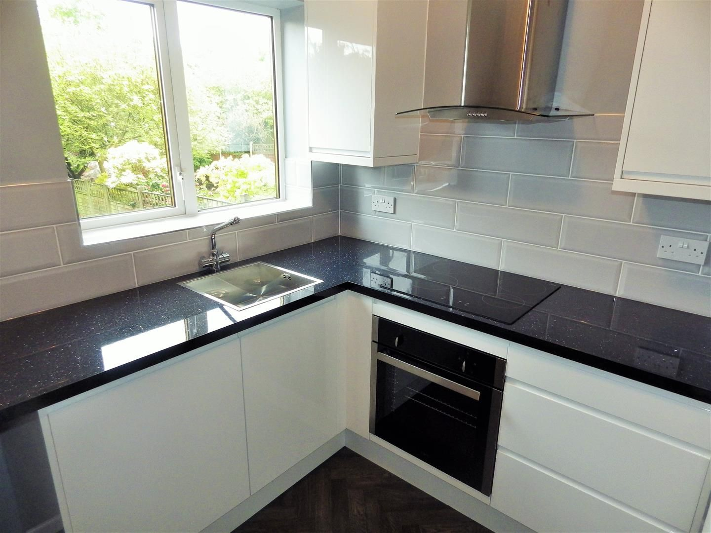 3 bed semi-detached for sale  - Property Image 7