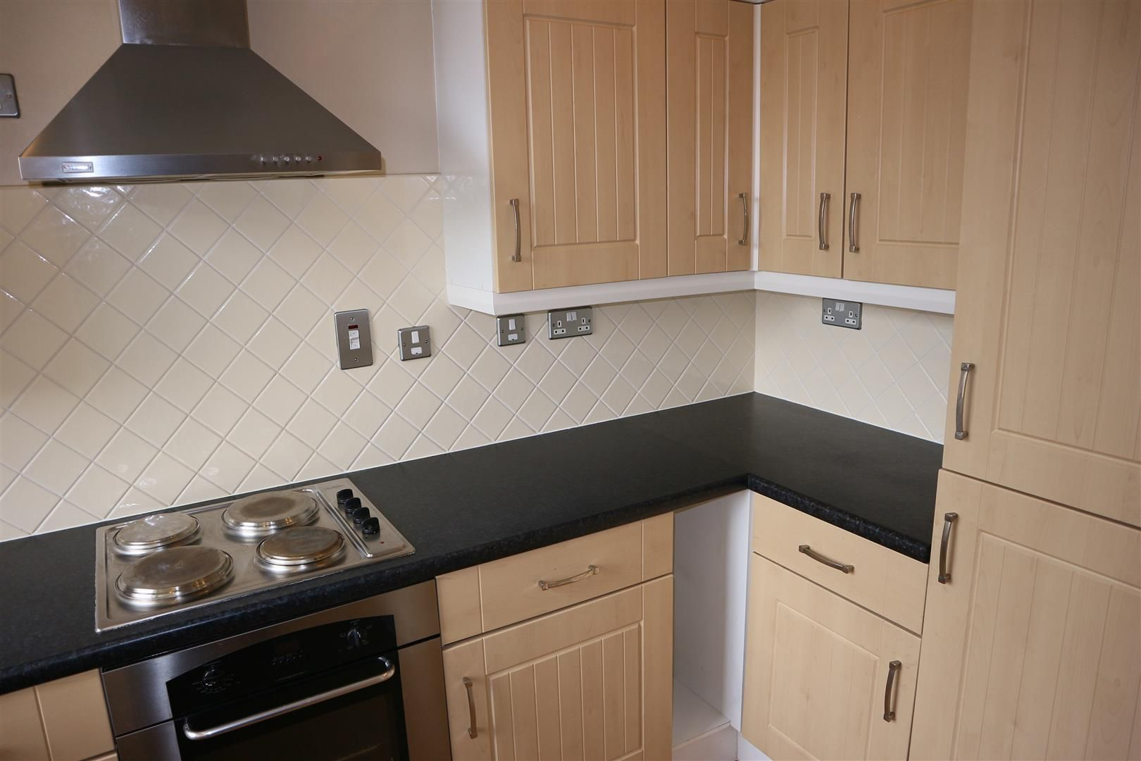 2 bed apartment for sale 8