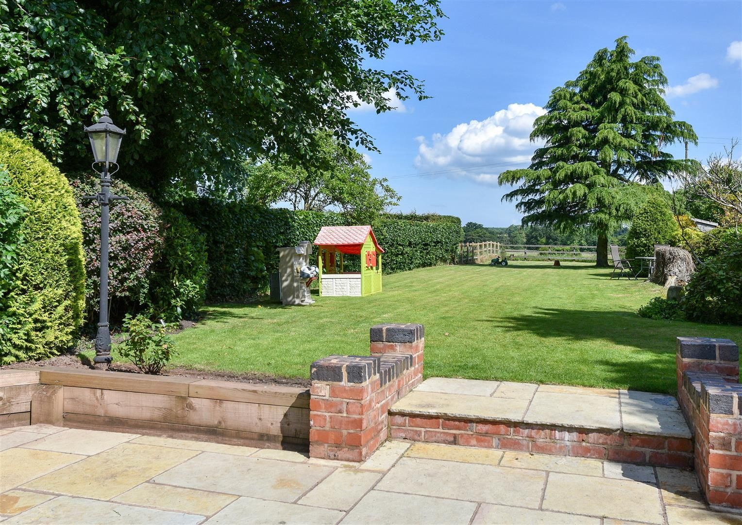4 bed house for sale in Belbroughton  - Property Image 29