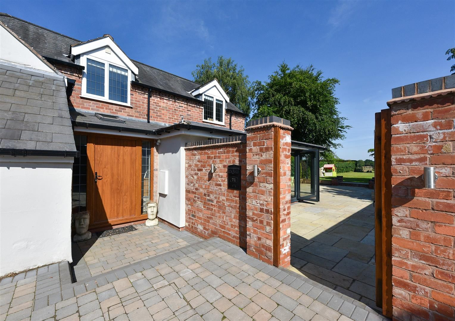 4 bed house for sale in Belbroughton  - Property Image 32