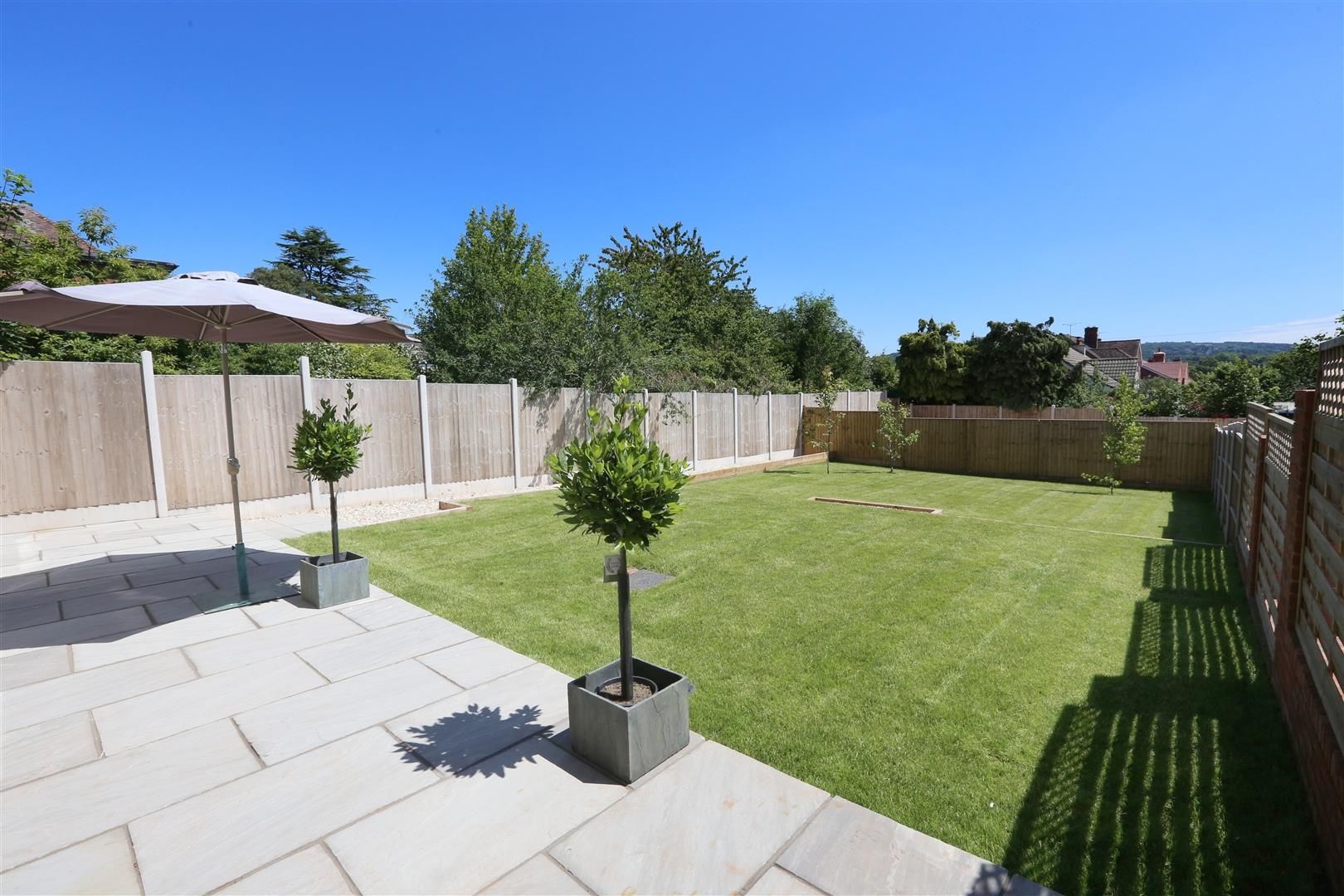 4 bed detached for sale in Hagley 25