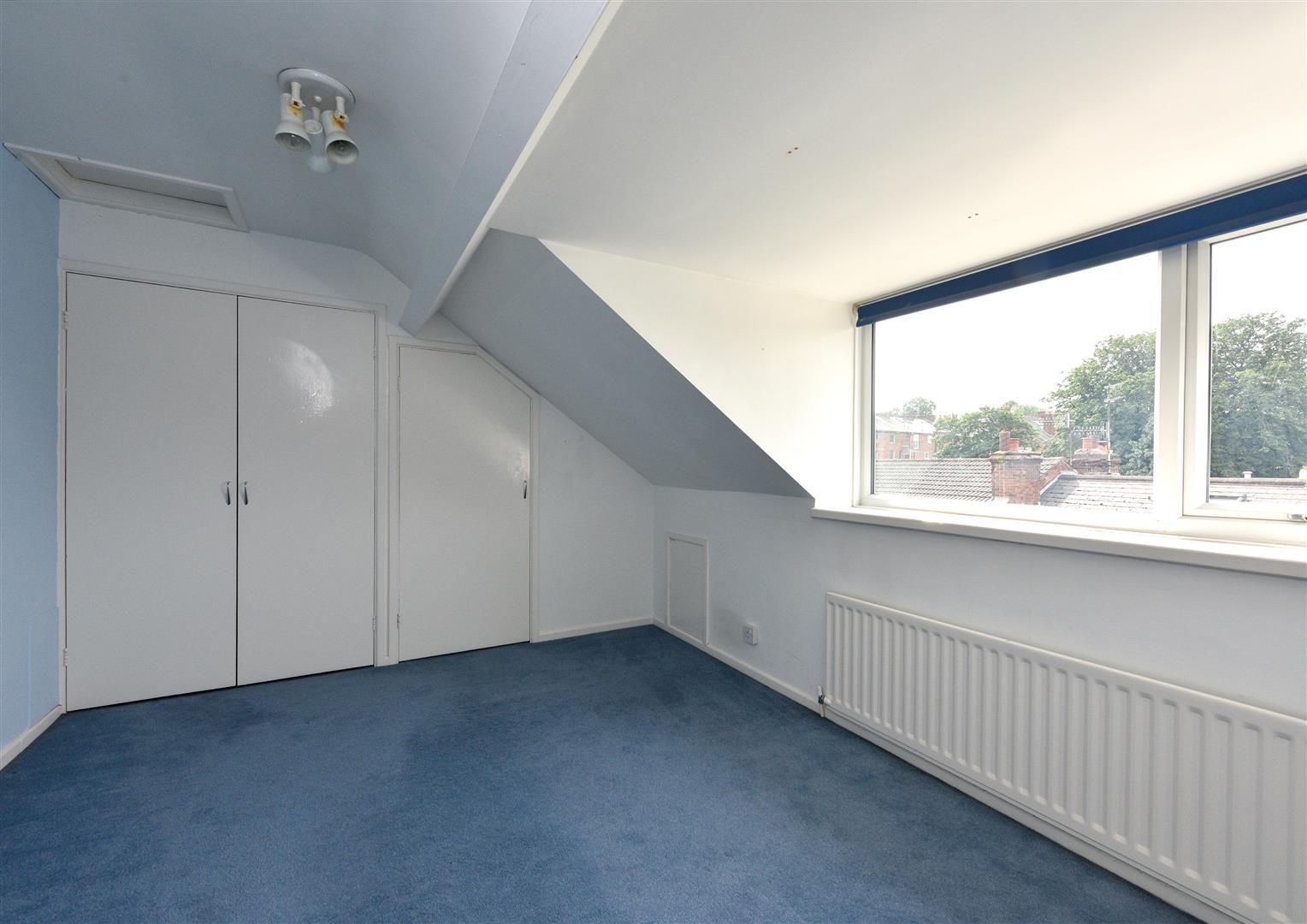 4 bed semi-detached for sale in Old Quarter 17