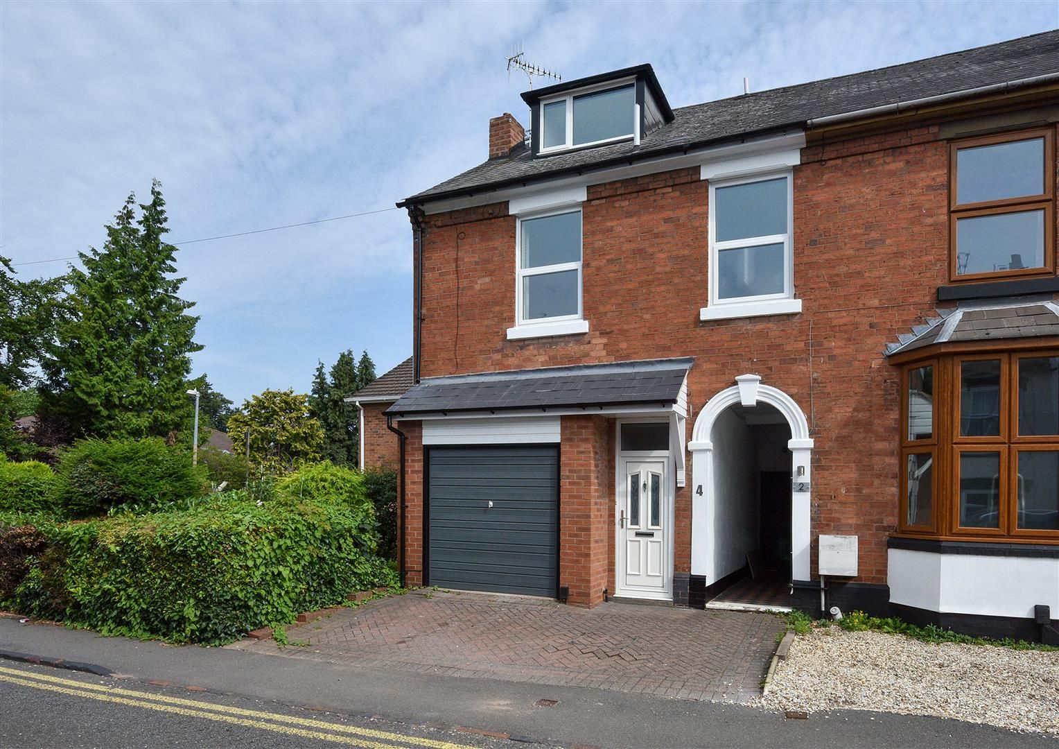 4 bed semi-detached for sale in Old Quarter 3