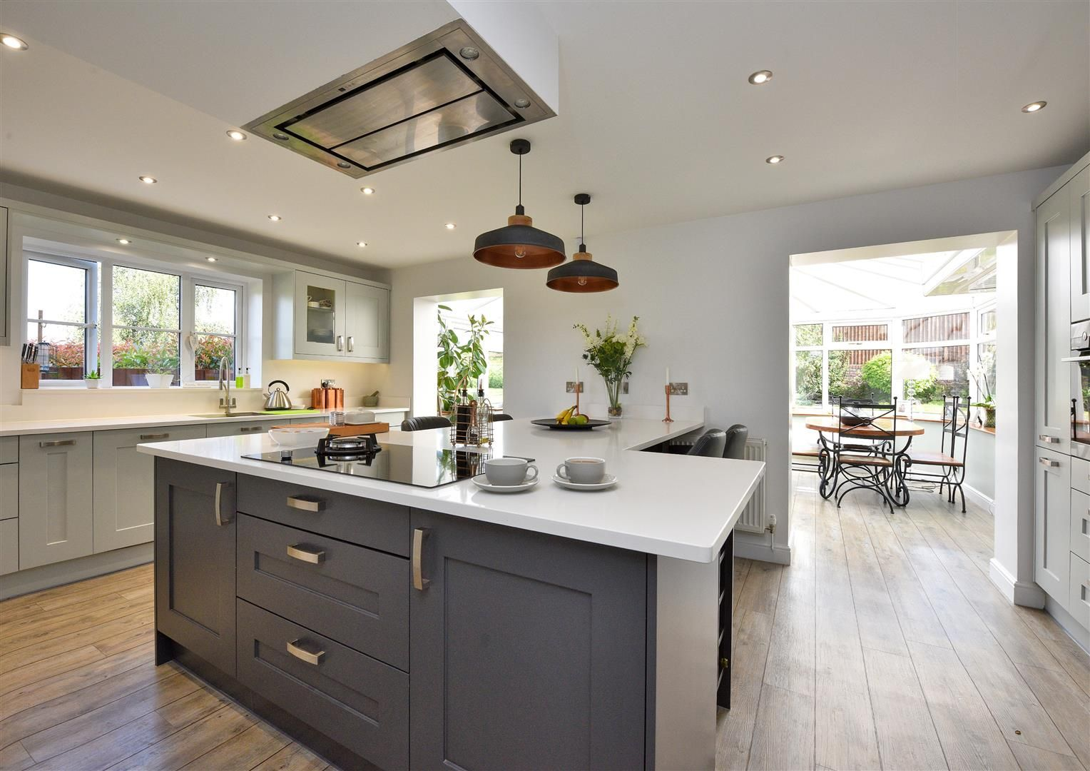 5 bed house for sale in Hagley  - Property Image 2