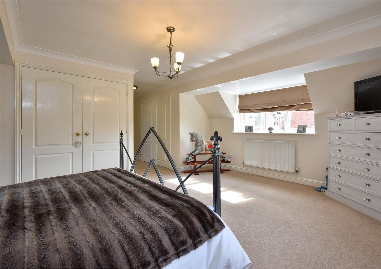 5 bed house for sale in Hagley  - Property Image 28