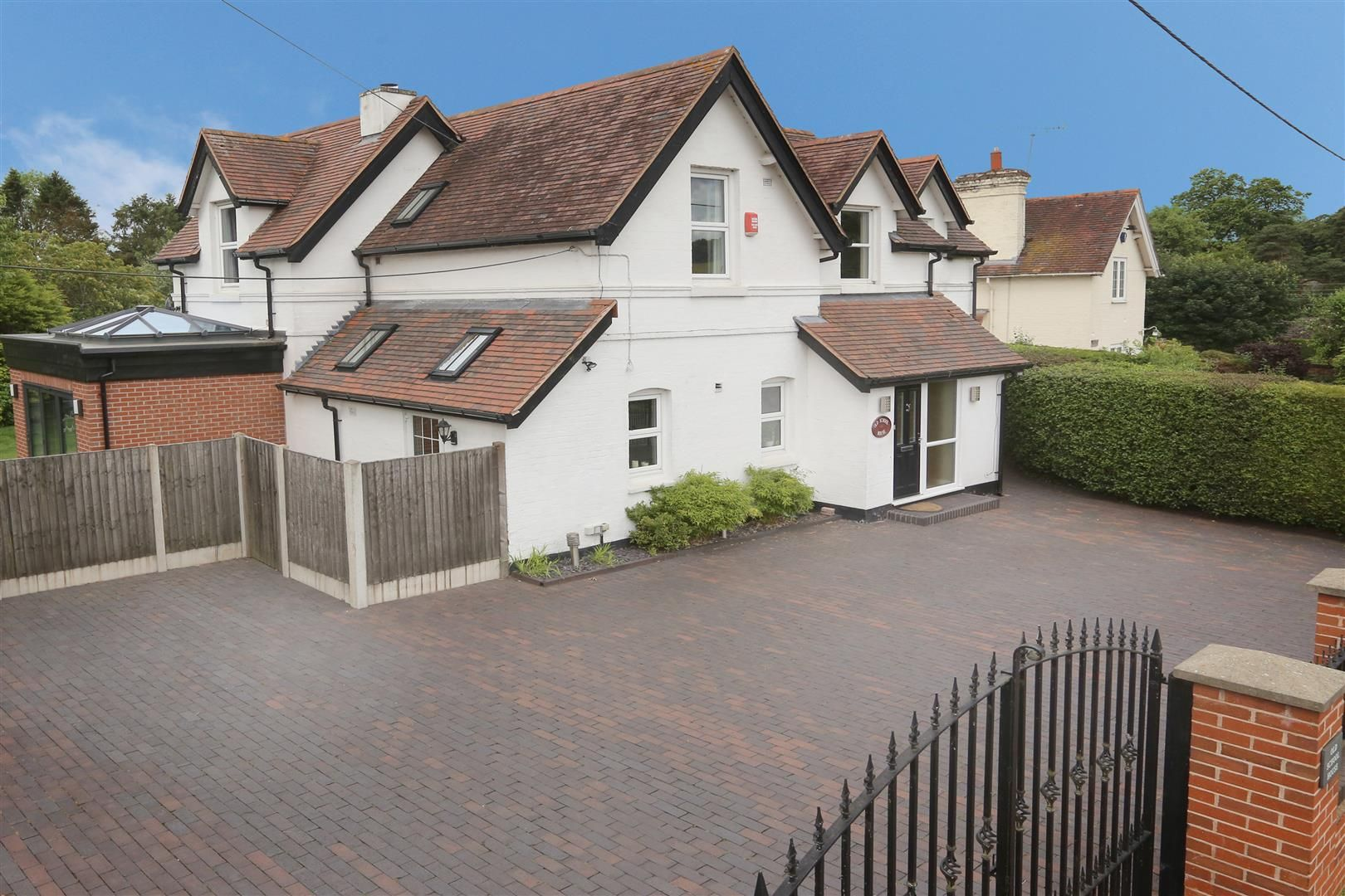 4 bed house for sale in Churchill  - Property Image 30