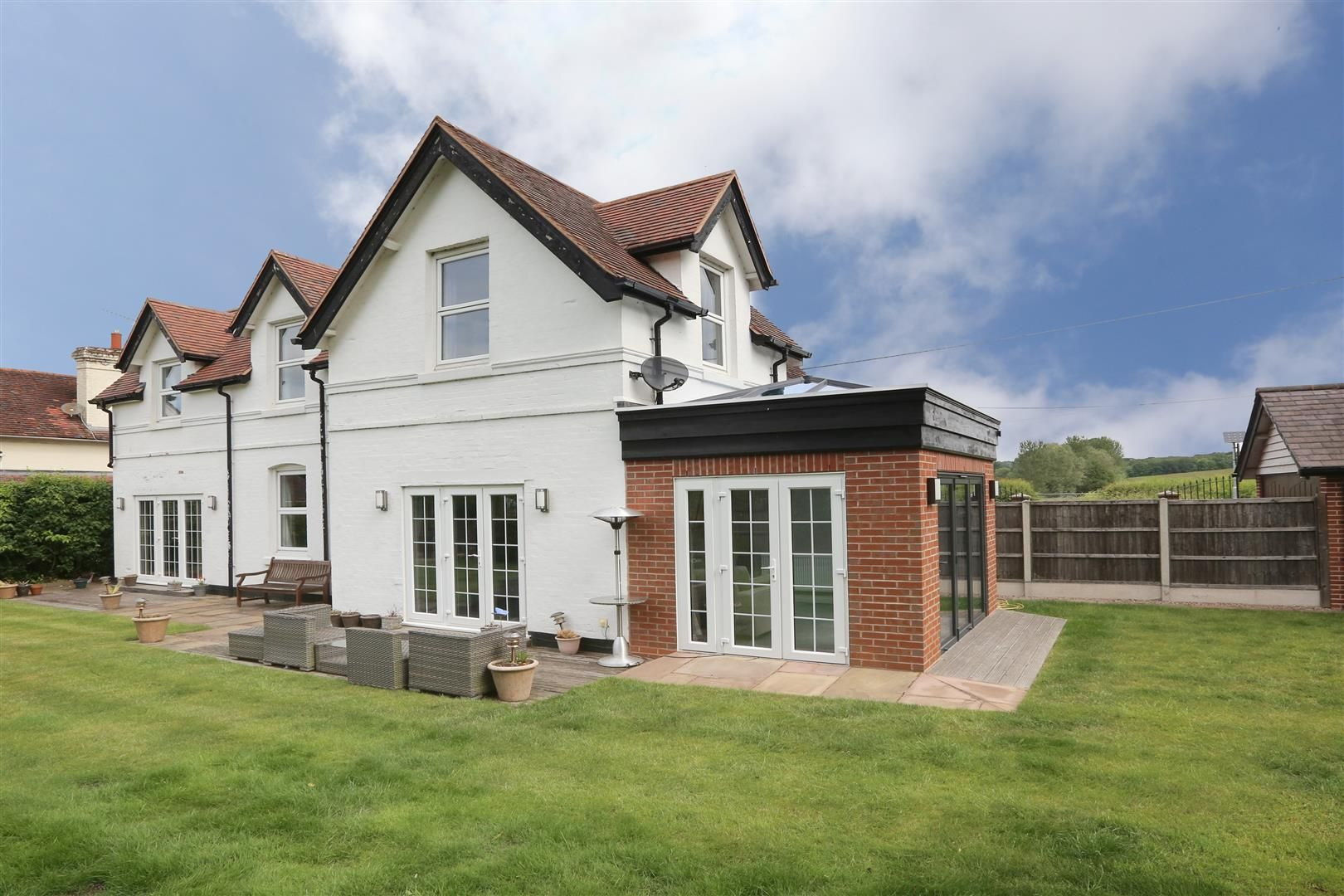 4 bed house for sale in Churchill  - Property Image 32