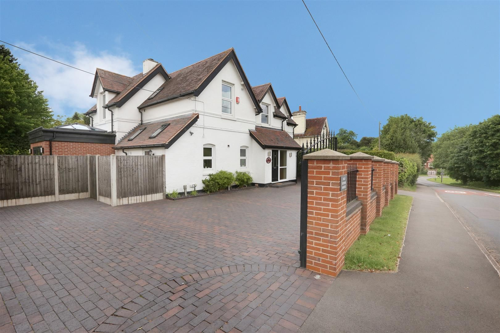 4 bed house for sale in Churchill  - Property Image 34