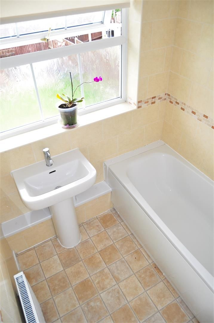 3 bed terraced for sale  - Property Image 11