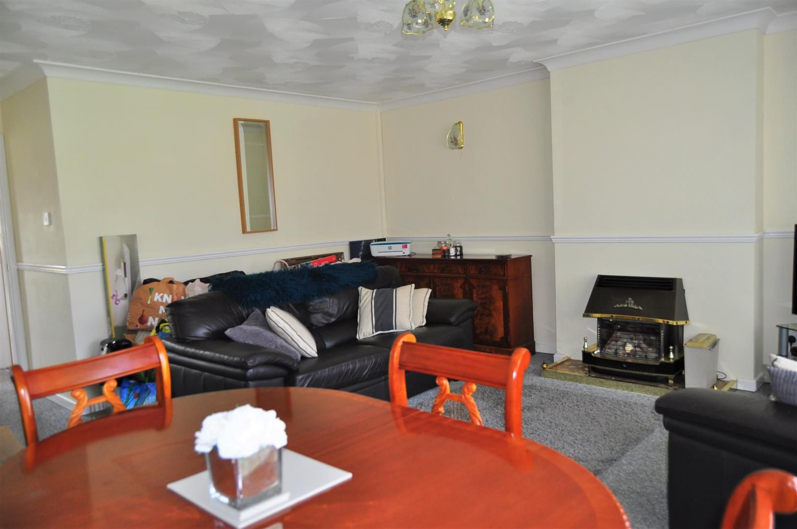 3 bed end-of-terrace for sale in Quinton  - Property Image 3