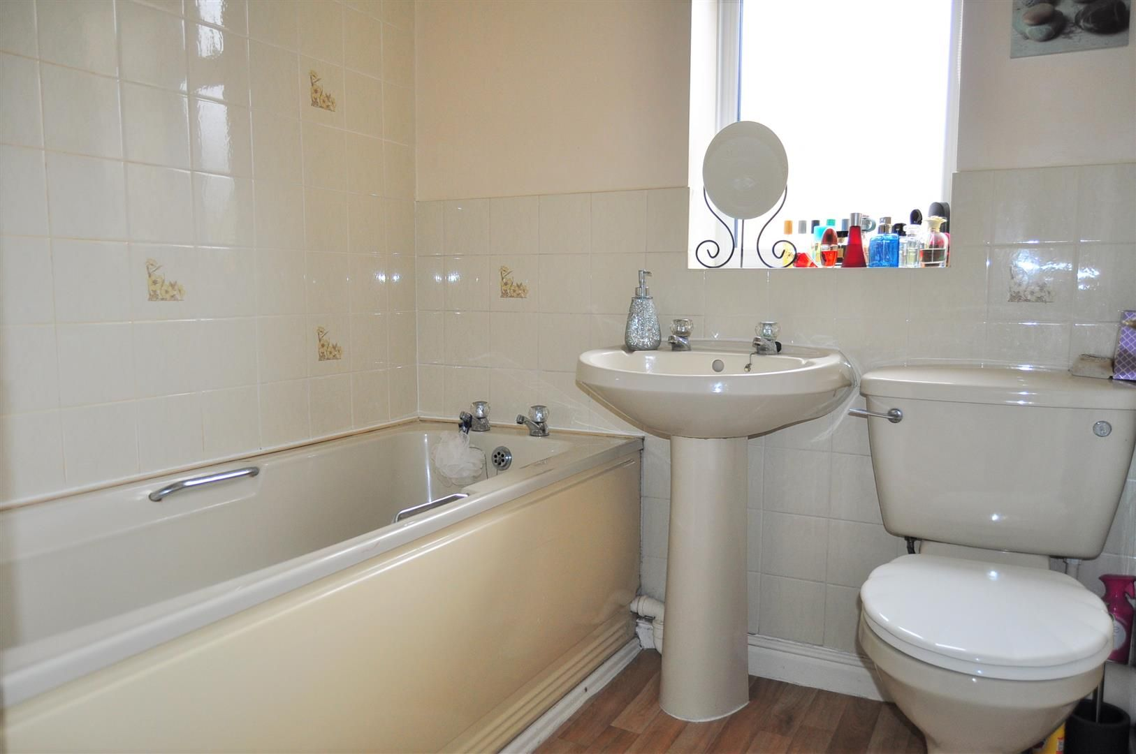 2 bed semi-detached for sale  - Property Image 10