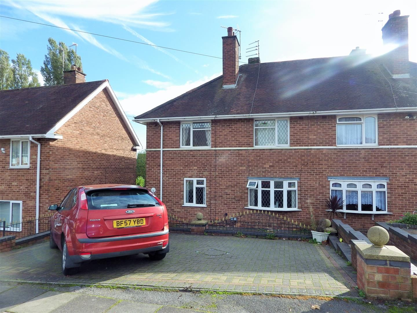 4 bed semi-detached for sale in Quinton  - Property Image 1