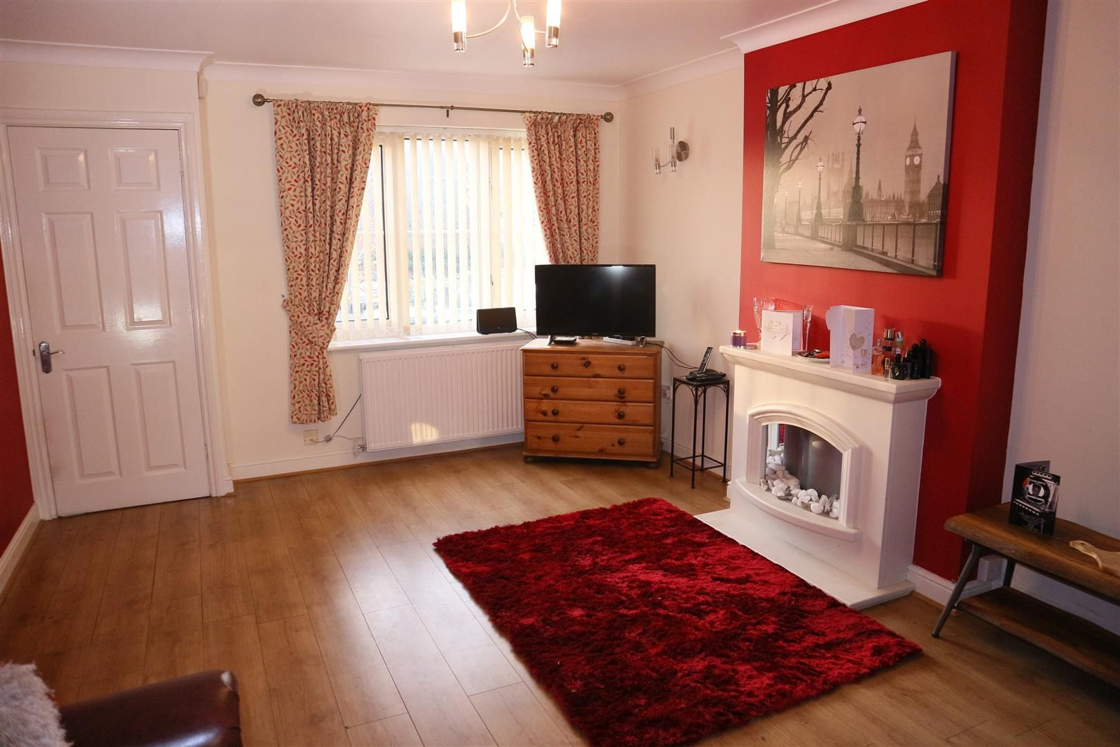 2 bed terraced for sale  - Property Image 2