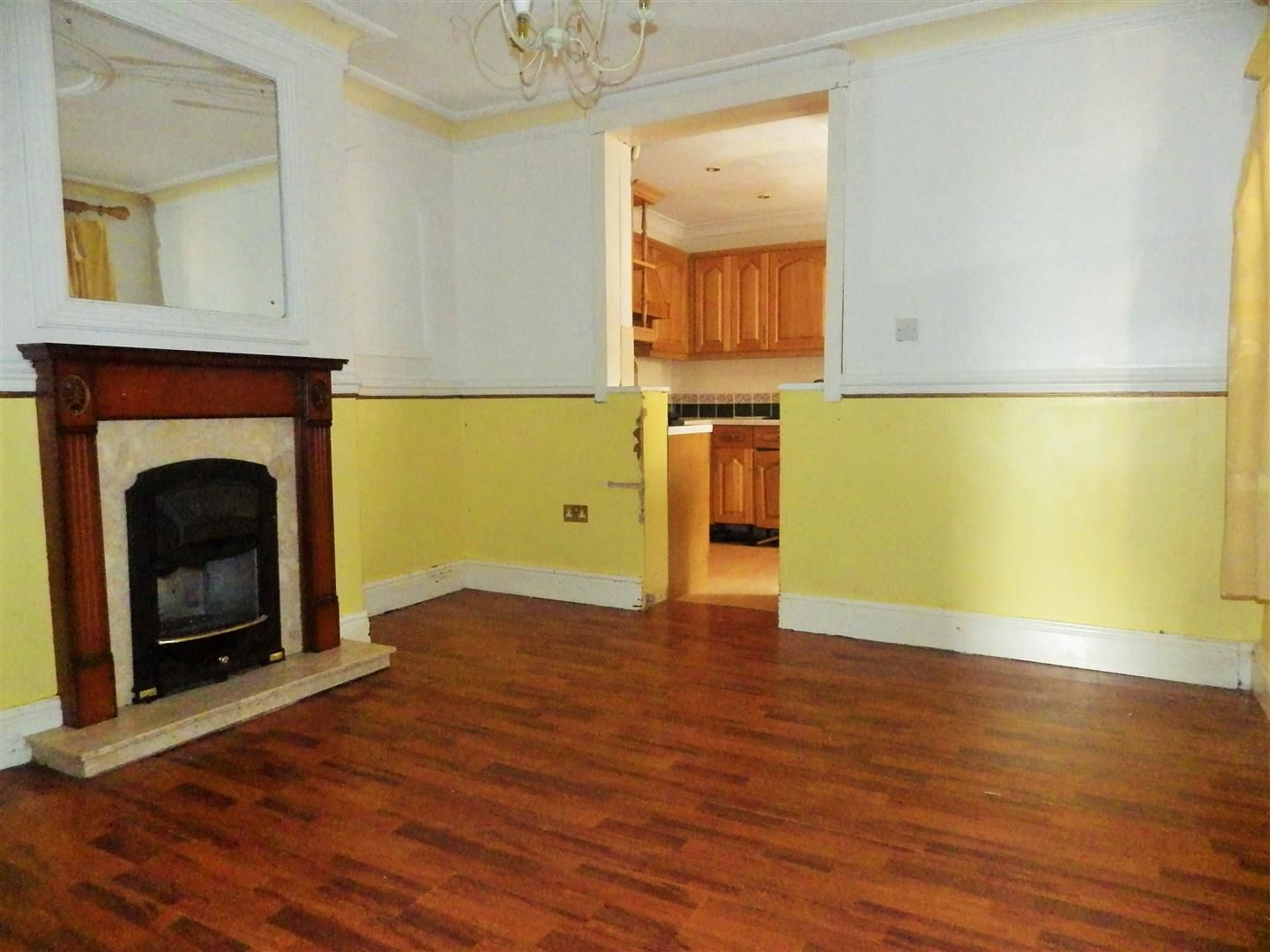 3 bed terraced for sale  - Property Image 3