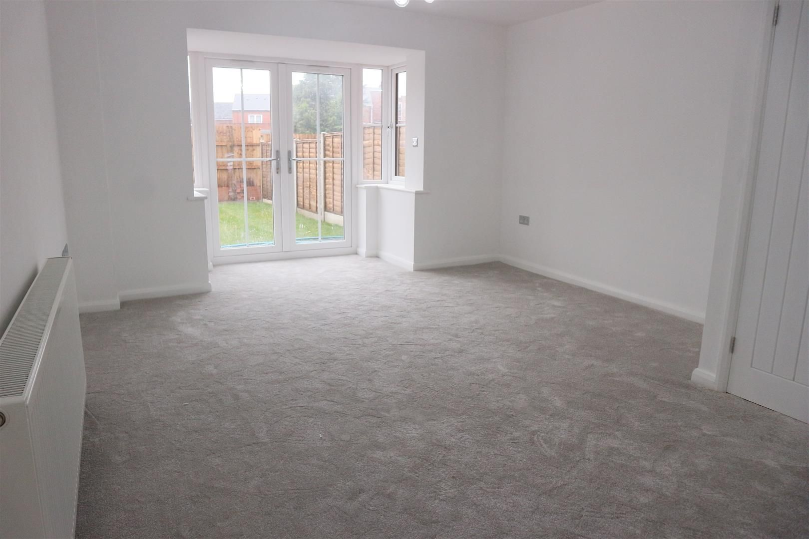 3 bed semi-detached for sale in Netherton  - Property Image 4