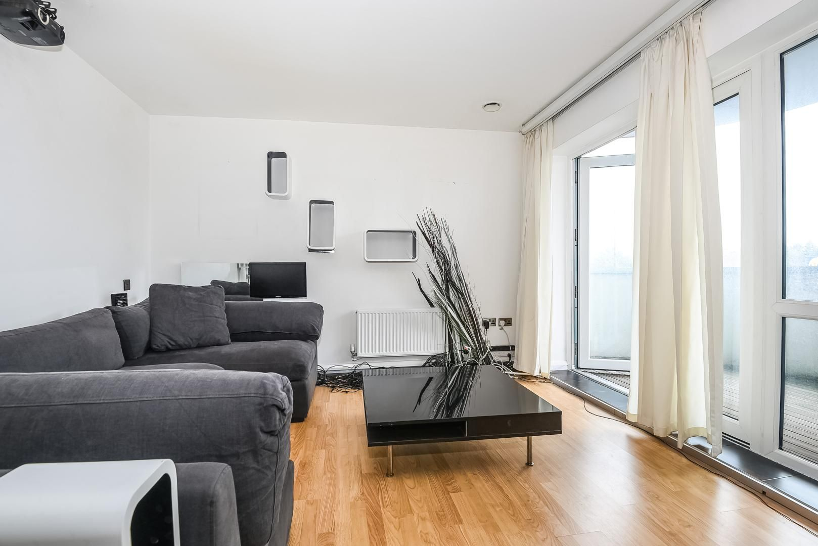 1 bed flat for sale in Station Way