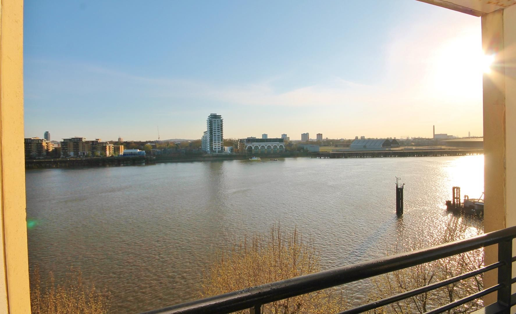 1 bed  for sale in Burrells Wharf Square  - Property Image 1