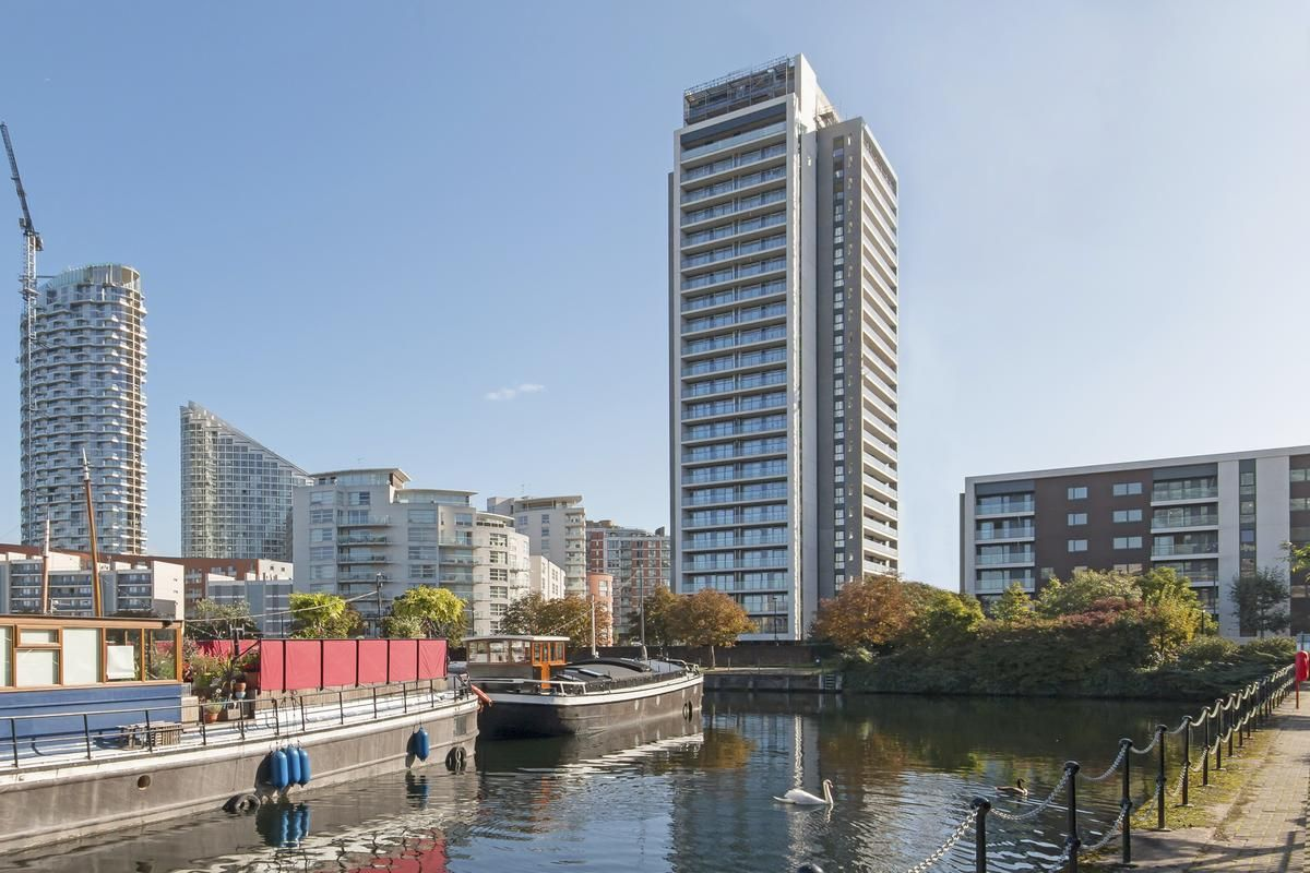 2 bed flat for sale in Yabsley Street  - Property Image 7