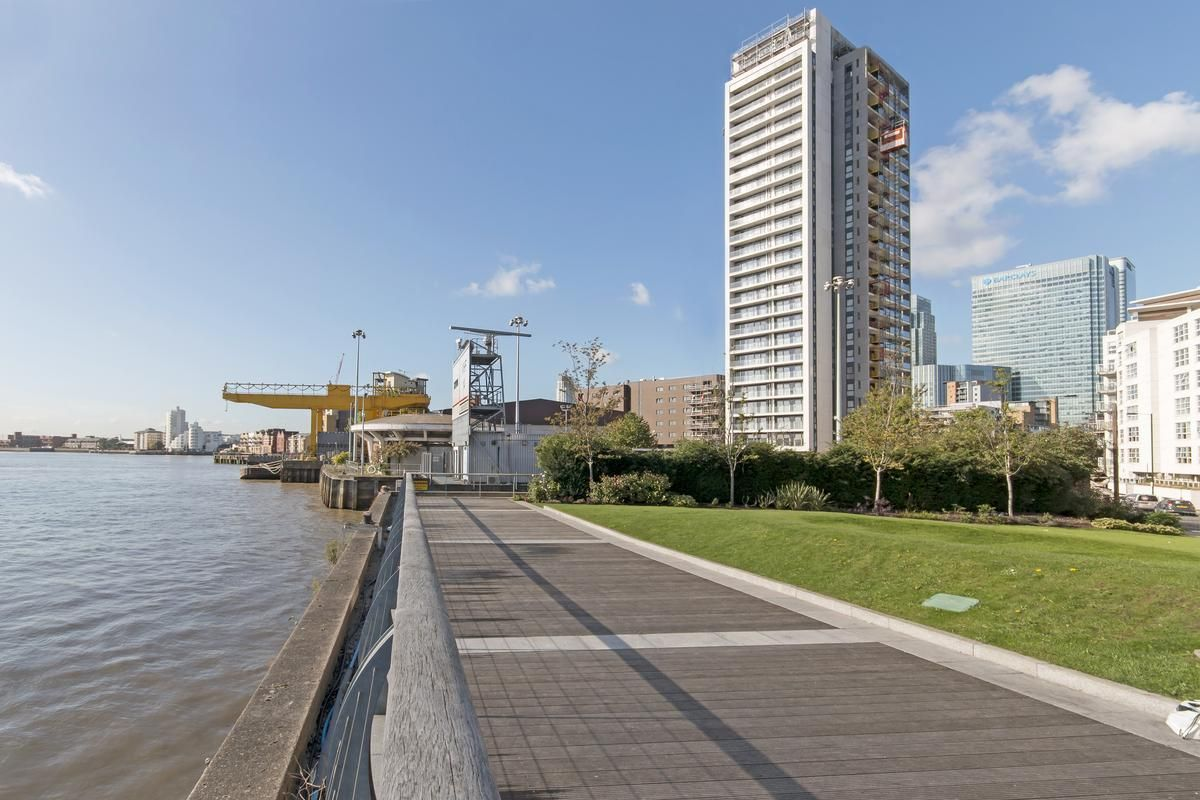 2 bed flat for sale in Yabsley Street  - Property Image 9