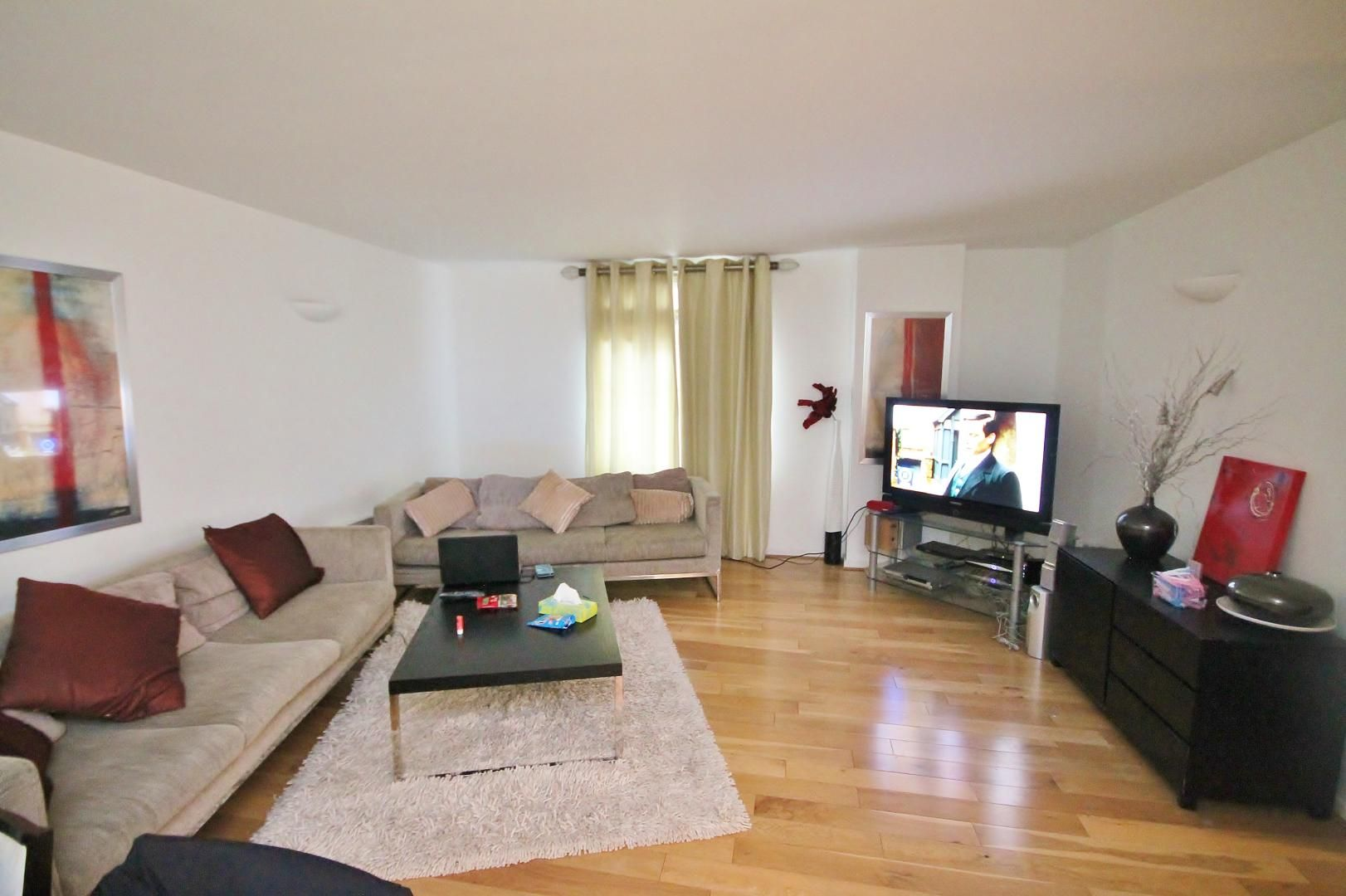 3 bed flat for sale in Western Gateway  - Property Image 14