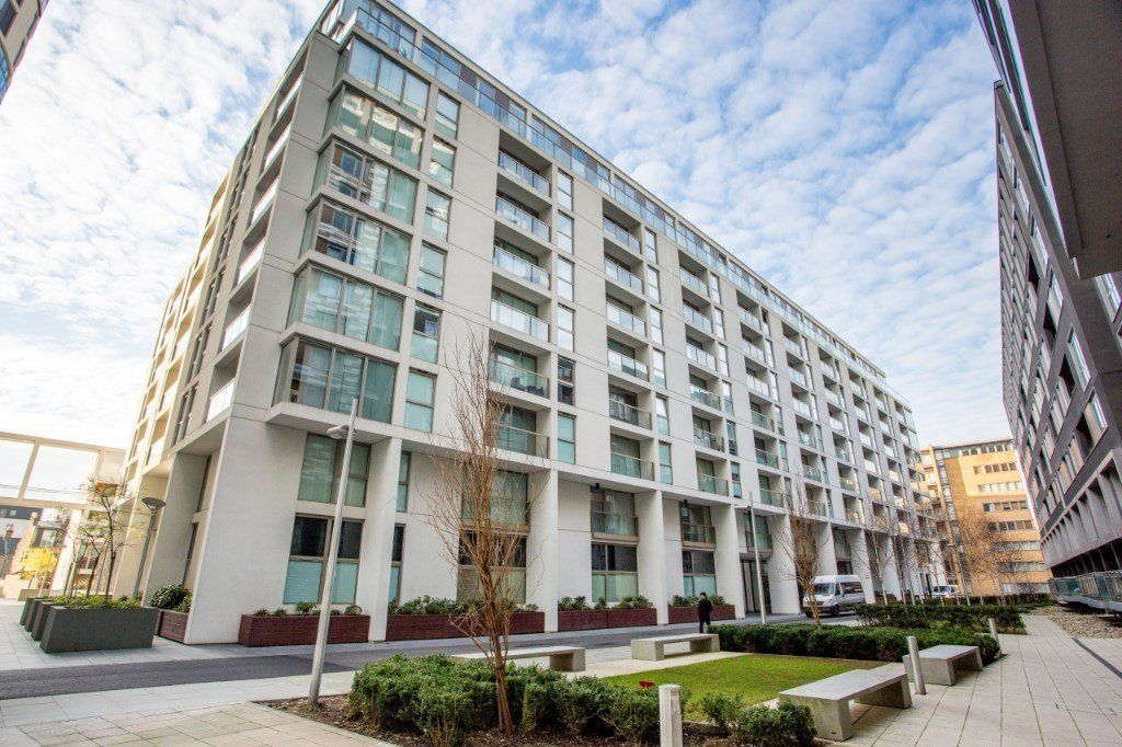 2 bed flat for sale in Denison House  - Property Image 1