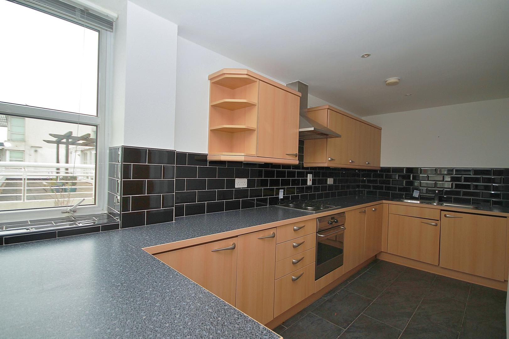 3 bed flat for sale in Barrier Point  - Property Image 9