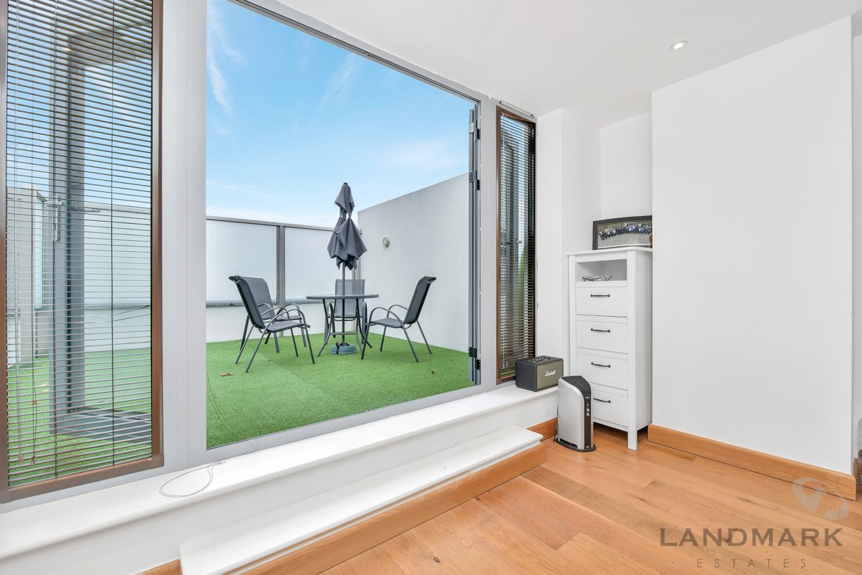 3 bed house for sale in Wendell Mews  - Property Image 2