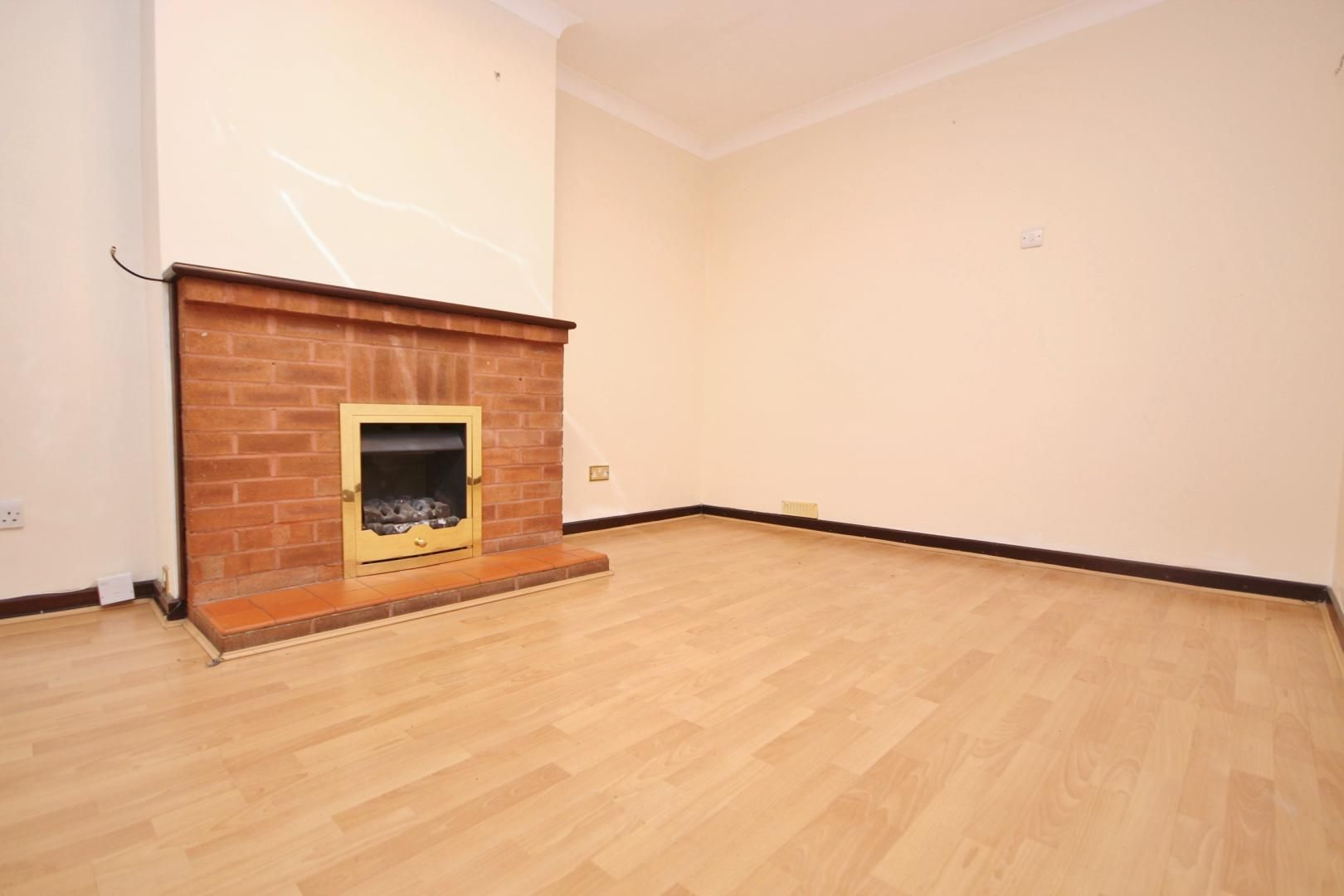 3 bed house to rent in Nelson Road  - Property Image 5