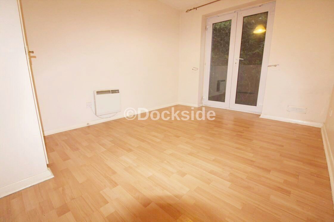 2 bed flat to rent in Harriet Drive  - Property Image 4