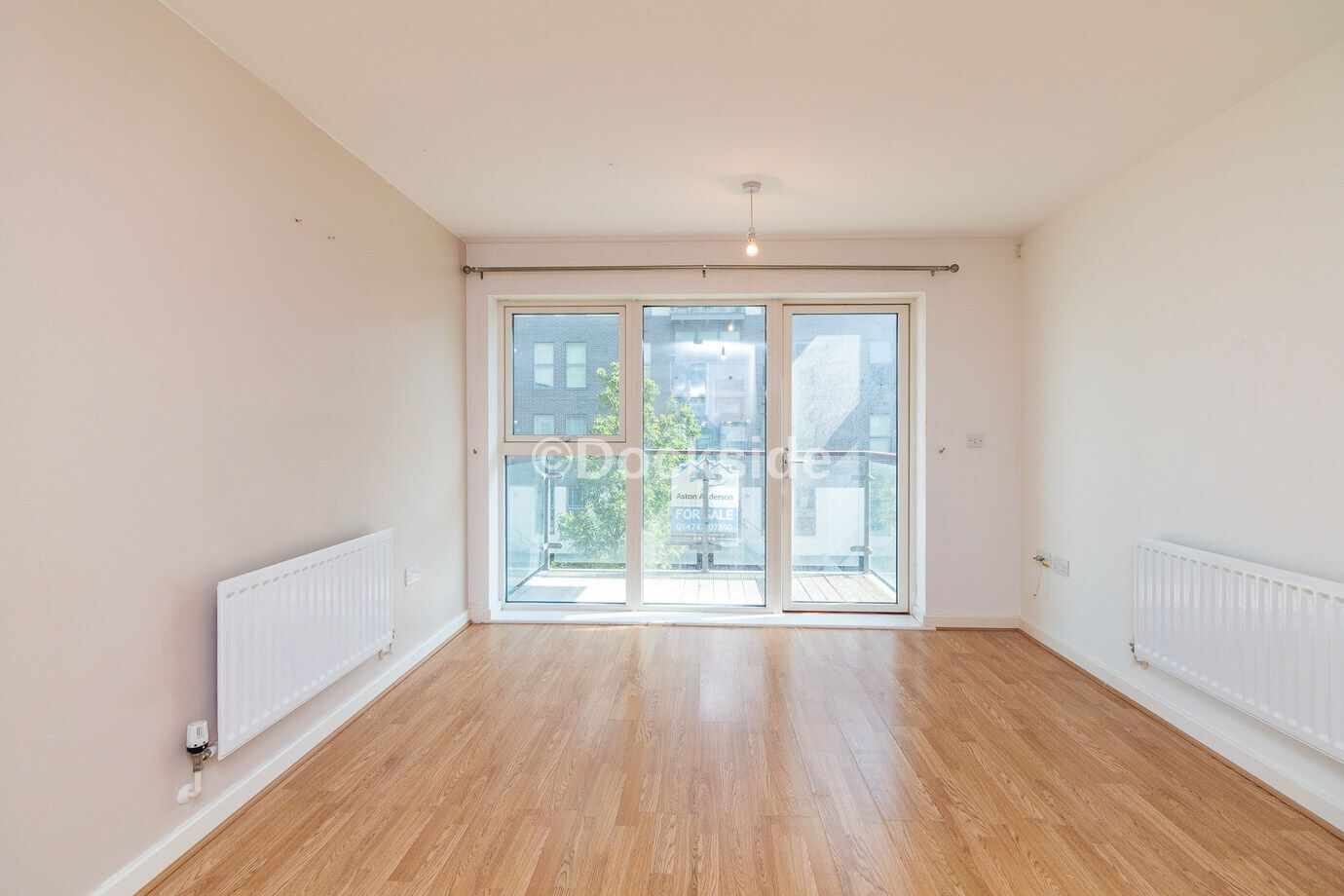 1 bed  for sale in Clovelly Place  - Property Image 2
